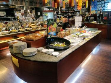 那覇「ホテル ロコアナハ」宿泊記。沖縄最高の朝食を満喫。